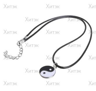Кулон на шнурке Инь-ян, чёрно-белый в серебре